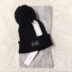 Calvin Klein Wool Cable Knit Pom Pom Toque New